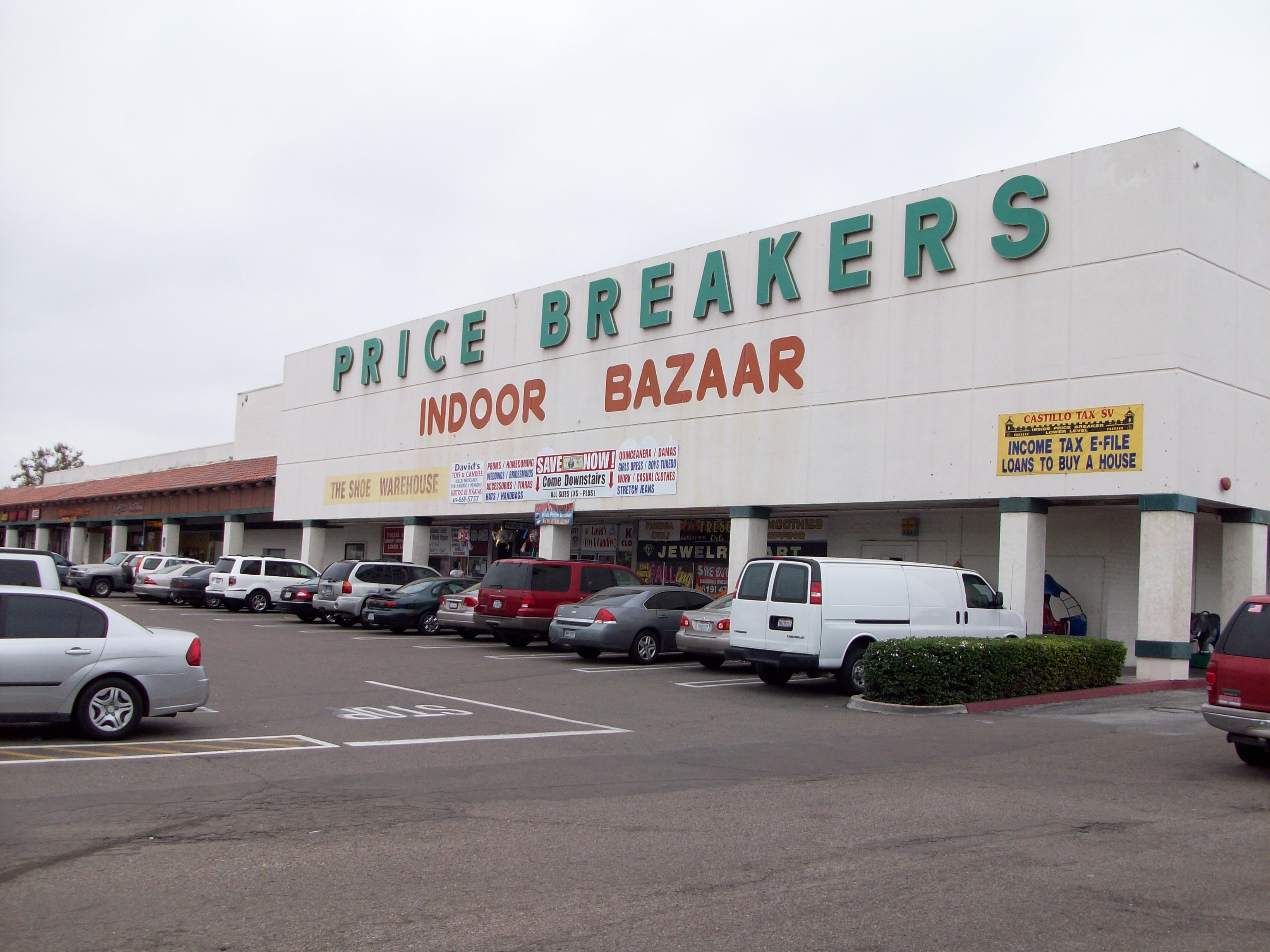South Bay Plaza Price Breakers 005